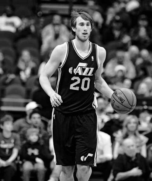 Utah Jazz's Gordon Hayward is shown in the first quarter of an NBA basketball game against the Minnesota Timberwolves Monday, April 15, 2013 in Minneapolis. (AP Photo/Jim Mone)