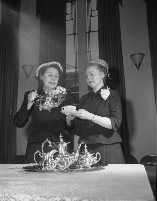 Archival photo of the women of the Ladies' Literary Club. Courtesy image