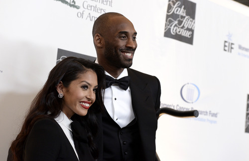 "Los Angeles Lakers guard Kobe Bryant, right, and his wife Vanessa Bryant arrive at ""An Unforgettable Evening"" benefiting EIF's Women's Cancer Research Fund at The Beverly Wilshire on Thursday, May 2, 2013, in Beverly Hills, Calif. (Photo by Dan Steinberg/Invision/AP)"