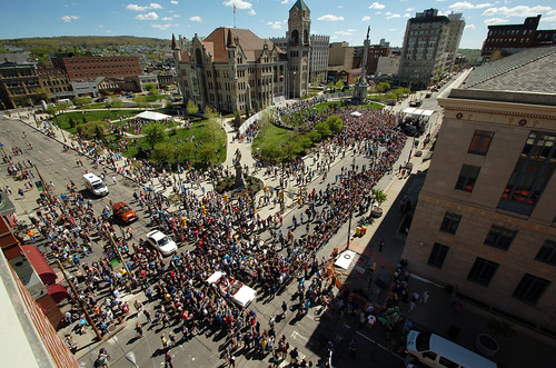 "Thousands of people swarm downtown Scranton, Pa. on Saturday, May 4, 2013 during ""The Office"" Parade. The actors who play Pam, Jim, Dwight and other beloved characters from the popular NBC show ""The Office"" bade farewell on Saturday to the northeastern Pennsylvania city of Scranton that served as the TV setting for their fictional paper company. (AP Photo/Scranton Times & Tribune, Butch Comegys)"