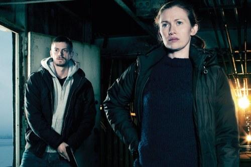 Stephen Holder (Joel Kinnaman) and Sarah Linden (Mireille Enos) - The Killing - Season 2 - GALLERY - Photo Credit: Frank Ockenfels/AMC