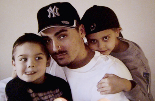 Weldon Angelos, a first time offender sentenced to a mandatory 55 years for having a gun while dealing drugs is pictured in this family snapshot with his two sons Jesse and Anthoney Angelos.  Photo by Francisco Kjolseth 11/17/2004