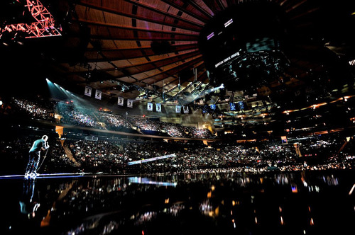 """   Summit Entertainment Comedian Kevin Hart performing in Madison Square Garden, in the concert film """"Kevin Hart: Let Me Explain."""""""