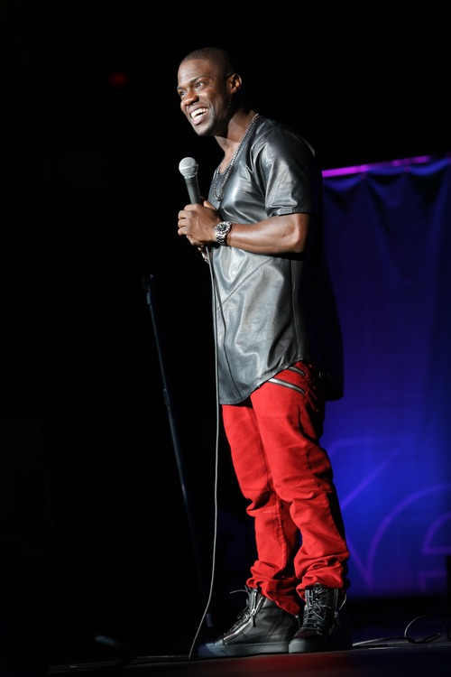 """   Summit Entertainment Comedian Kevin Hart performs his stand-up routine in the concert film """"Kevin Hart: Let Me Explain."""""""