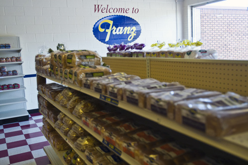 Ex-Hostess stores open under the Franz Bakery label - The