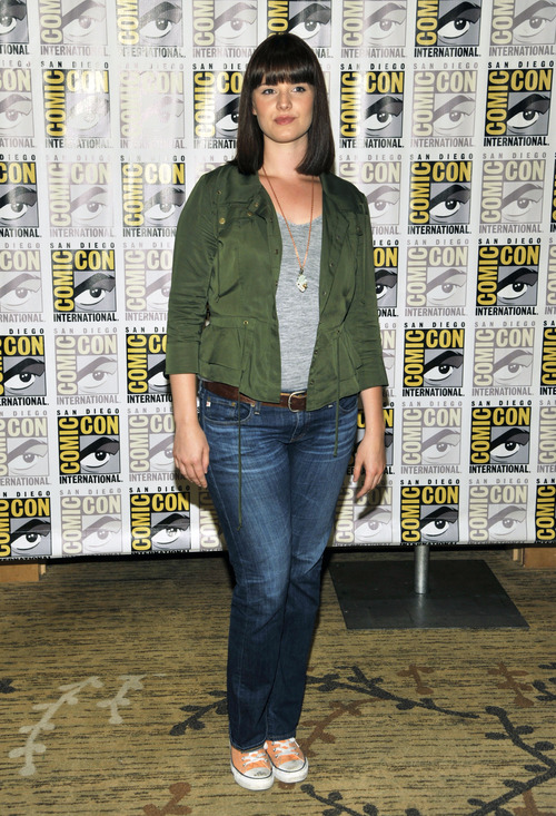 """Amy Newbold attends the """"Divergent"""" press line on Day 2 of Comic-Con International on Thursday, July 18, 2013 in San Diego, Calif. (Photo by Chris Pizzello/Invision/AP)"""