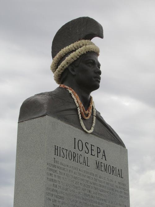 Historical Iosepa cemetery memorial. (Tom Wharton photo)