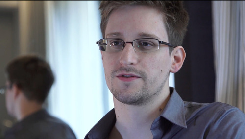 """FILE - This Sunday, June 9, 2013 file photo provided by The Guardian Newspaper in London shows Edward Snowden, in Hong Kong. The former U.S. government contractor leaked documents showing the broad sweep of the NSA's massive """"metadata"""" of telephone records of U.S. residents.  (AP Photo/The Guardian, Glenn Greenwald and Laura Poitras, File)"""