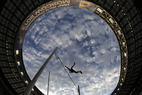 France's Renaud Lavillenie competes in the men's pole vault final at the World Athletics Championships in the Luzhniki stadium in Moscow, Russia, Monday, Aug. 12, 2013. (AP Photo/David J. Phillip)