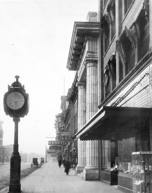 Pingree National Bank in Ogden, Utah, circa 1906