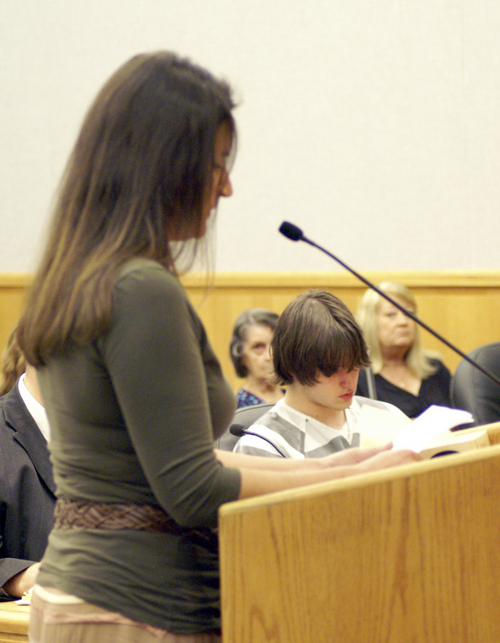 Alvey family friend, Rebecca Stouffer, reads a letter of support on behalf of the Alvey family. Laurie Wynn - Wasatch Wave