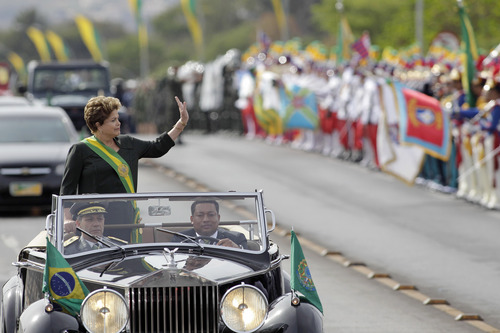 Brazil's President Dilma Rousseff attends the military ceremony of Independence Day in Brasilia, Brazil, Saturday, Sept. 7, 2013. (AP Photo/Eraldo Peres)