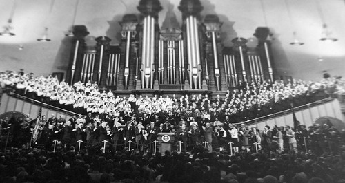 photo courtesy Utah State Historical Society  A large crowd is gathered to hear John F. Kennedy speak at the Tabernacle at Temple Square on September 26, 1963.