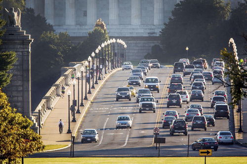 Heavy morning commuter traffic moves over the Memorial Bridge, looking toward the Lincoln Memorial, into Washington Monday, Sept. 30, 2013, while Congress continues their legislative standoff that that could shutdown many parts of the U.S. government on Tuesday. (AP Photo/J. David Ake)
