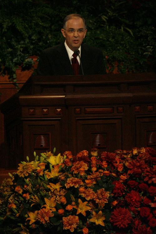 Neil L Andersen, President of the Seventy, speaks during the LDS General Conference Saturday October 3, 2008.    Chris Detrick/The Salt Lake Tribune