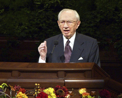 President Gordon B. Hinckley, president of The Church of Jesus Christ of Latter-day Saints, adresses general Conference announces the U.S military action in Afghanistan. The speech was delivered at the Church's Conference Center in Salt Lake City. photo by Danny La
