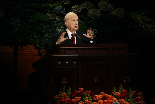 Scott Sommerdorf   |  The Salt Lake Tribune Elder Richard G. Scott of the Quorum of the Twelve Apostles spoke during the morning session of the 183rd LDS General Conference, Sunday, October 6, 2013.