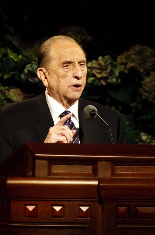 Leah Hogsten | The Salt Lake Tribune LDS President Thomas S. Monson gives his closing remarks at the end of the afternoon session of the LDS Church's 183rd Semiannual General Conference, Sunday, October 6, 2013.