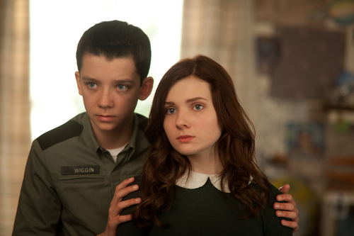 "This image released by Summit Entertainment shows Asa Butterfield, left, and Abigail Breslin in a scene from ""Ender's Game."" (AP Photo/Summit Entertainment, Richard Foreman)"