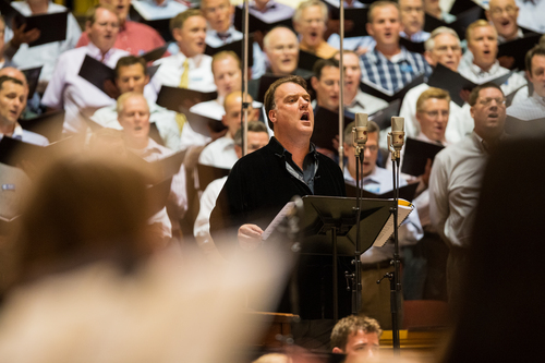 Welsh opera icon Bryn Terfel on lead vocals records ìHomeward Boundî with the Mormon Tabernacle Choir, led by Mack Wilberg, in Salt Lake City. Courtesy Mormon Tabernacle Choir.