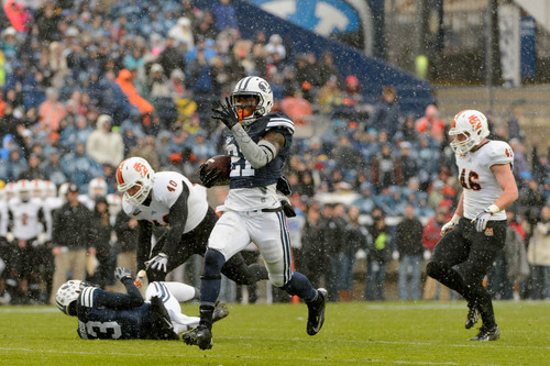Trent Nelson     The Salt Lake Tribune Brigham Young Cougars running back Jamaal Williams (21) runs for a tochdown as BYU hosts Idaho State, college football at LaVell Edwards Stadium in Provo, Saturday November 16, 2013.