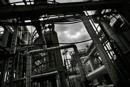 Scott Sommerdorf  |  File photo | The Salt Lake Tribune          Holly Refining and Marketing Company-Woods Cross has won approval from state regulators for a plan  to greatly expand its operations in West Bountiful, to process more waxy crude pouring out of the Uinta Basin.