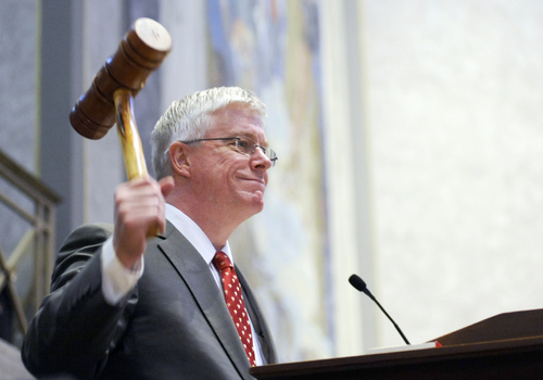 FILE - In this Sept. 6, 2011 file photo Missouri Republican Lt. Gov. Peter Kinder gavels in the Missouri Senate in Jefferson City, Mo. Buoyed by recent successes in the Midwest, supporters of right-to-work laws are targeting Missouri, Ohio and Oregon with measures that could curb union powers by ending their ability to collect mandatory bargaining fees. Kinder publicly predicted that his home state lawmakers would place right-to-work on the November 2014 ballot and encouraged a coordinated cross-country effort for similar laws. (AP Photo/Kelley McCall, File)