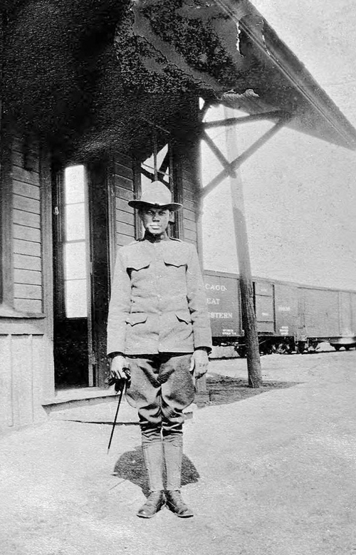 Photo Courtesy Utah State Historical Society  Anonymous soldier, date unknown.