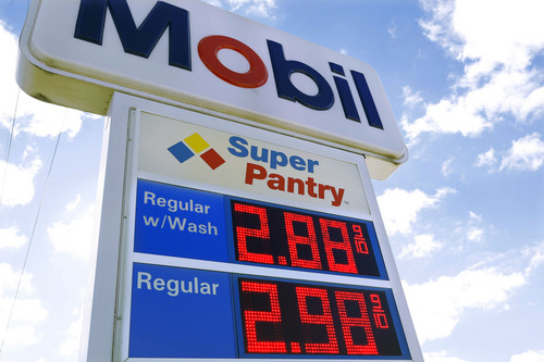 Low gas prices in December helped bring the Consumer Price Index down for Utahns. (AP Photo/Seth Perlman)
