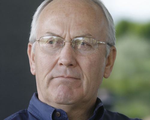 Sen. Larry Craig, R-Idaho,  answers questions  during an interview with a reporter at his  home in  Eagle, Idaho, in May 2007.  (AP Photo/Idaho Statesman, Kerry Maloney)    ** MANDATORY CREDIT **