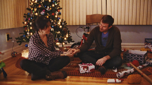 """Melanie Lynskey (left) and Joe Swanberg play a married couple in the comedy """"Happy Christmas."""" Courtesy Sundance Institute"""