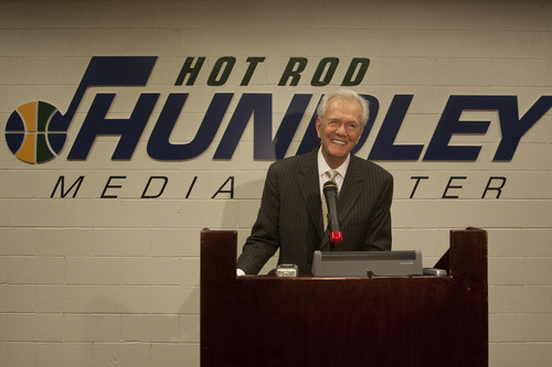 """Photo by Chris Detrick     The Salt Lake Tribune Rod Hundley speaks inside of the newly dedicated """"Hot Rod Hundley Media Center"""" at the EnergySolutions Arena Friday, January 29, 2010. Hundley worked for 35 years as the broadcast voice for the Utah Jazz."""