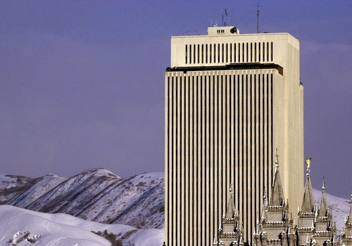 The LDS Church Office Building and Temple - downtown SLC.  photo by Ryan Galbraith. 11/27/2001