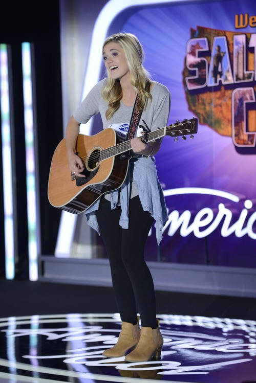 "Michael Becker | Courtesy FOX Contestant Kenzie Hall auditions in front of the judges on ""American Idol."""