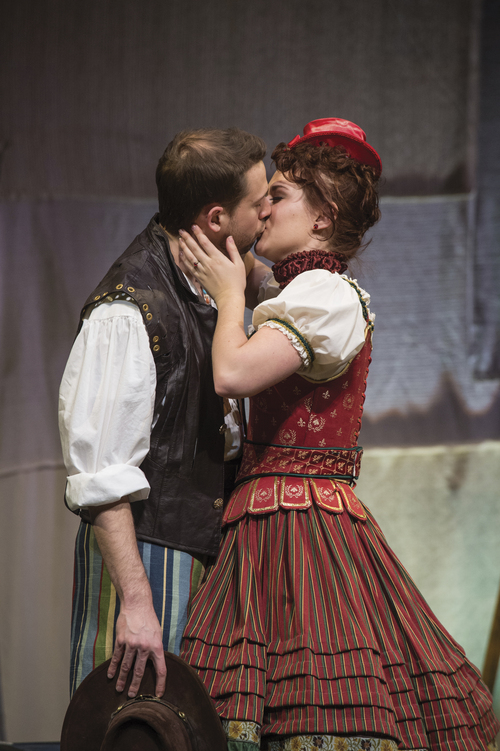 Karl Hugh | Courtesy Utah Shakespeare Festival Tom Littman (left) as Petruchio and Malloree Hill as Katherina in the Utah Shakespeare Festivalís 2014 Shakespeare-in-the-Schools production of The Taming of the Shrew.