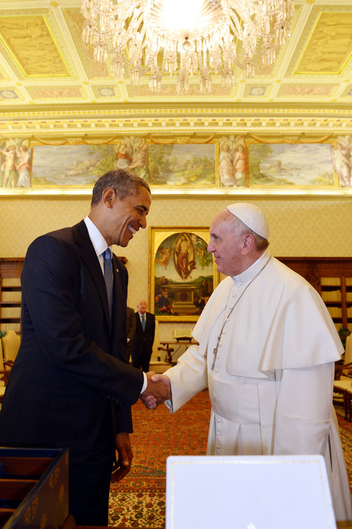 "Pope Francis and President Barack Obama shake hands at the Vatican Thursday, March 27, 2014. President Barack Obama called himself a ""great admirer"" of Pope Francis as he sat down at the Vatican Thursday with the pontiff he considers a kindred spirit on issues of economic inequality. Their historic first meeting comes as Obama's administration and the church remain deeply split on issues of abortion and contraception. (AP Photo/Gabriel Bouys, Pool)"
