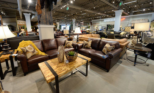 Furniture giant rc willey opens its largest store in for Ikea draper ut heures