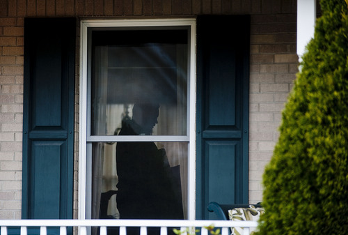 FBI and Murrysville police search the suspect's house, who stabbed and slashed 21 students and a security guard at Franklin Regional High School, on Wednesday, April 9, 2014 in Murrysville, Pa. (AP Photo/Tribune-Review, Steph Chambers)