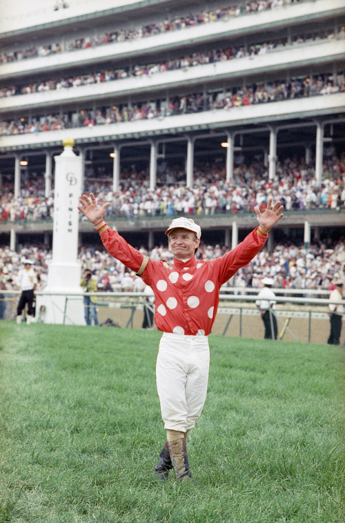 Winning the Kentucky Derby jockey Pat Day greets the crowd after ridding Lil E. Tee at the 118th meeting of  the derby horse race  in Louisville, on May 2, 1992 .      (AP Photo)