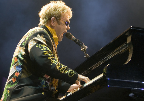 British singer Elton John performs on stage in Sao Paulo, Saturday, Jan. 17, 2009. (AP Photo/Andre Penner)