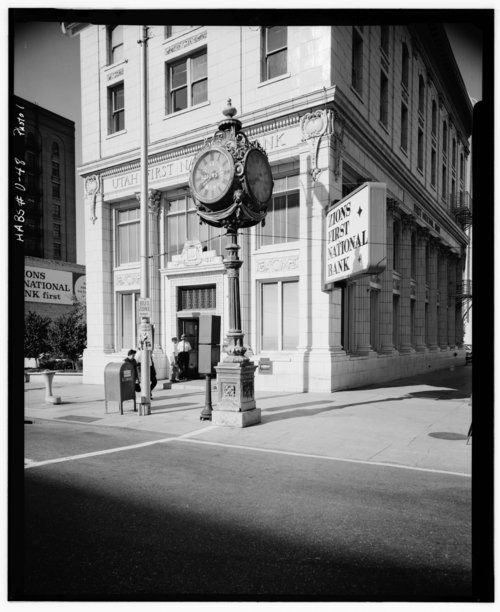 Photos courtesy Library of Congress  Zions First National Bank in downtown Salt Lake City in the mid-1900s.
