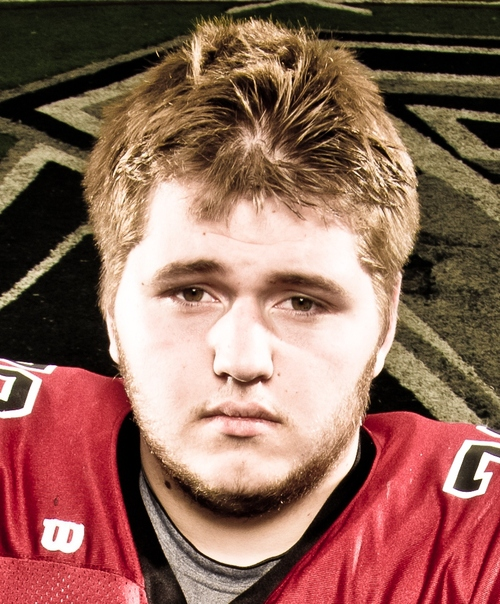 Offensive guard Logan Stott, formerly an Arizona Wildcat, will be joining the Utah football team this fall as a walk-on. Stott was a Pine View grad and a four-star recruit out of high school.