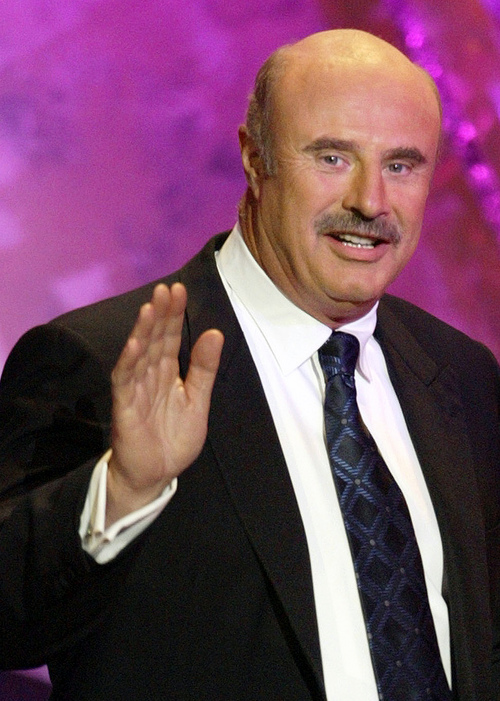 "**  FILE ** Dr. Phil McGraw is seen at the Academy of Country Music Awards at the Mandalay Bay Resort & Casino in Las Vegas, in this 26, 2004 file photo.   Filming has wrapped up at the Los Angeles house where troubled guests spent time living together for a weekly segment on the psychologist's popular ""Dr. Phil"" TV show, according to a statement released Tuesday, Oct. 10, 2006,  by a spokeswoman for the show. (AP Photo/Joe Cavaretta, File)"