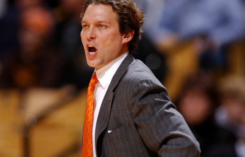 Missouri head coach Quin Snyder barks commands to his team Monday, Jan. 2, 2006, during their NCAA basketball game against Louisiana Monroe in Columbia, Mo. Snyder says that basketball is fun again after Missouri's recent success during Big 12 play. (AP Photo/L.G. Patterson)