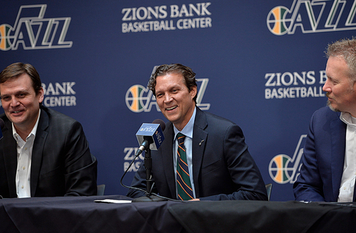 Scott Sommerdorf   |  The Salt Lake Tribune The Utah Jazz introduce their new head coach, Quin Snyder, center, Saturday, June 7, 2014. Jazz GM Dennis Lindsey is at left, and Jazz CEO Greg Miller is at right.