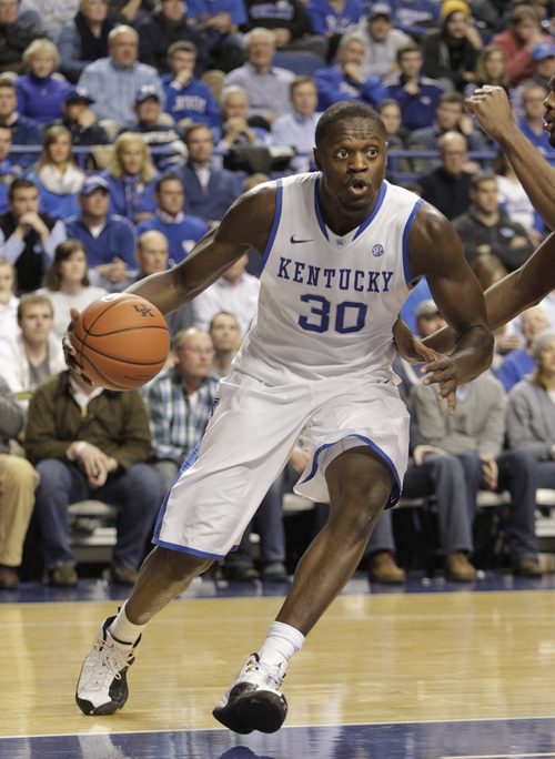 Kentucky's Julius Randle (30) during an NCAA college basketball game against Mississippi, Tuesday, Feb. 4, 2014, in Lexington, Ky. Kentucky won 80-64. (AP Photo/James Crisp)