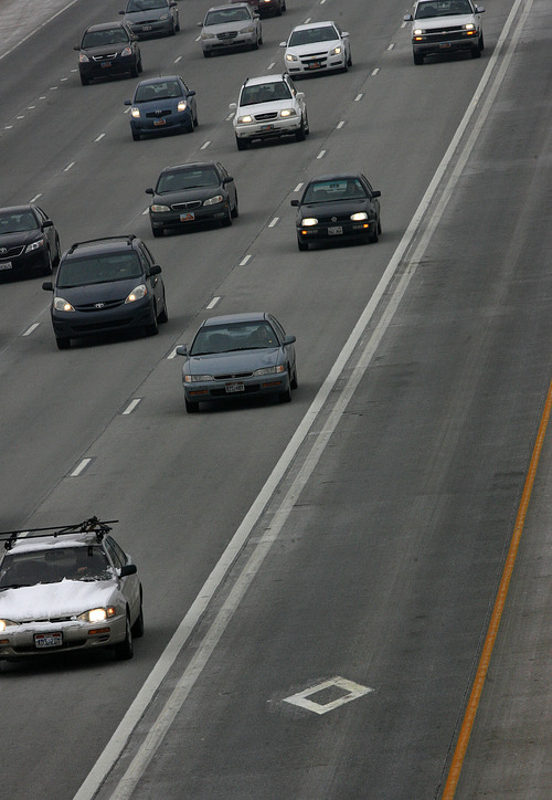 Scott Sommerdorf  l  Tribune file photo Traffic southbound on I-15 near 4500 South.