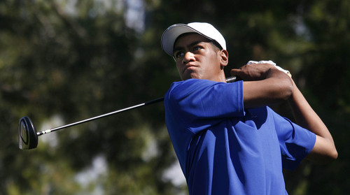 Tony Finau competes in The Ultimate Game, a golf tournament with a $2 million first prize at Wynn Las Vegas hotel & casino in Las Vegas on June 8, 2007. (Isaac Brekken for the Salt Lake Tribune)