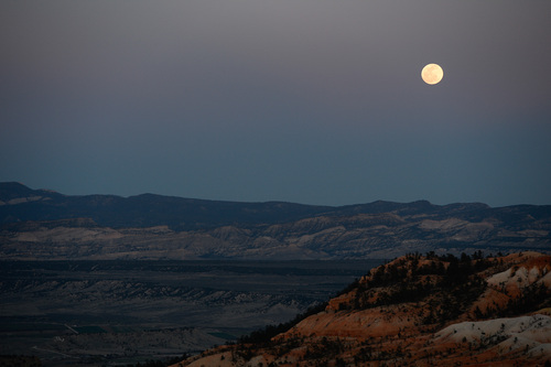 Franciso Kjolseth  |  The Salt Lake Tribune Bryce Canyon, famed for its dark skies is a great place to marvel at the stars and this week's blood moon.