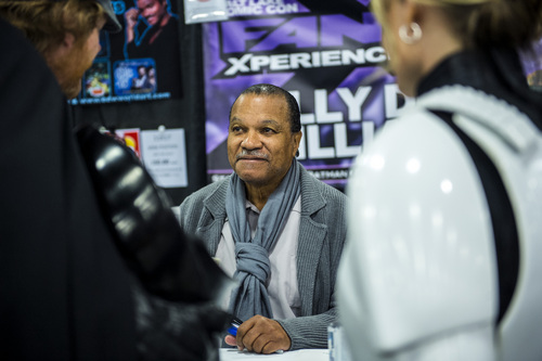 Chris Detrick  |  The Salt Lake Tribune Billy Dee Williams talks with fans at Salt Lake Comic Con FanXperience at the Salt Palace Convention Center Saturday April 19, 2014.